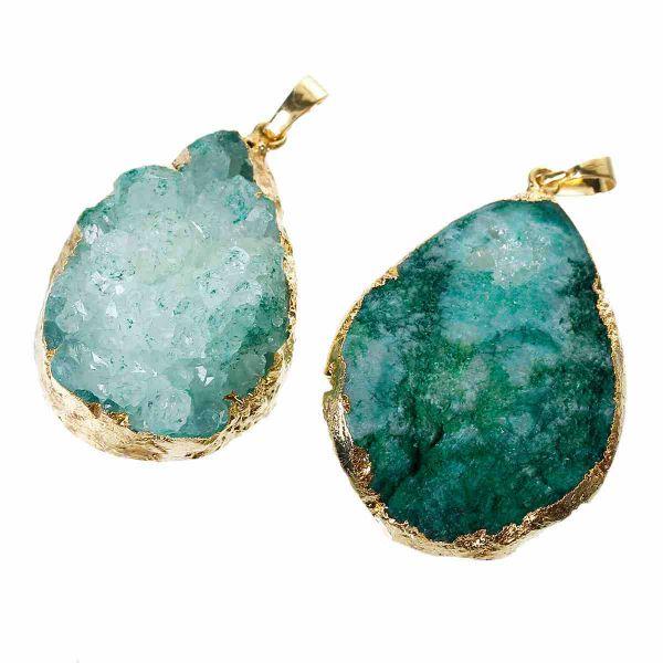 Natural agate pendant, teardrop shape, malachite green, 5. X 2.9cm, 1 pc