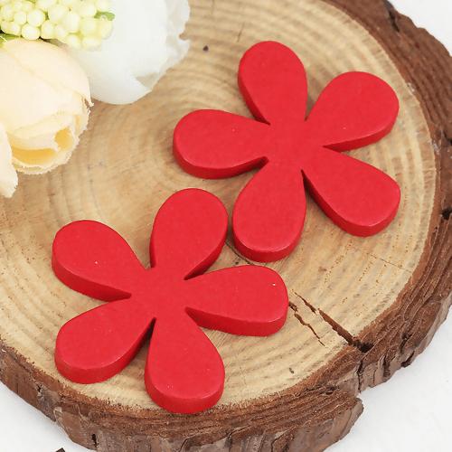 Wooden Flower Red 35mm x 33mm, 5 PCs